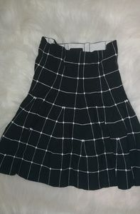 Wet Seal Black White Pleated Jersey Skirt Sz S